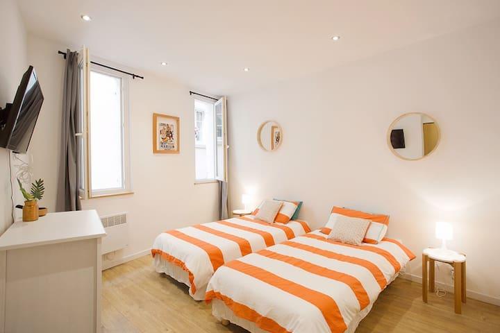 Bel appartement rénové dans le Toulon historique - Toulon - Wohnung