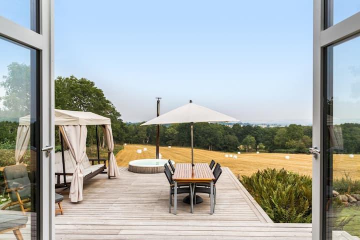 Stillheten - en modern bostad med magiskt läge