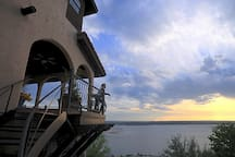 Amazing Lake Travis Views - Luxury Villa