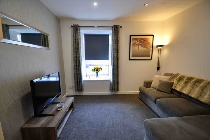 Central Strathaven Apartment
