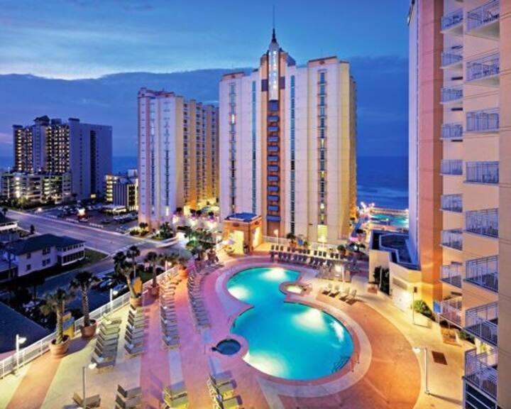 1 bedroom Deluxe Oceanfront Myrtle Beach!