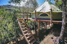 Ekommunity Farmstay - Mountain view tent