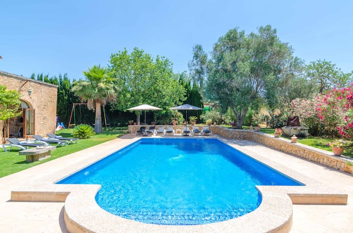 FINCA ES PORRASSAR - Villa with private pool in Cas Concos - Felanitx.