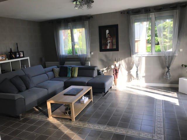 Maison Elancourt - Élancourt - Casa