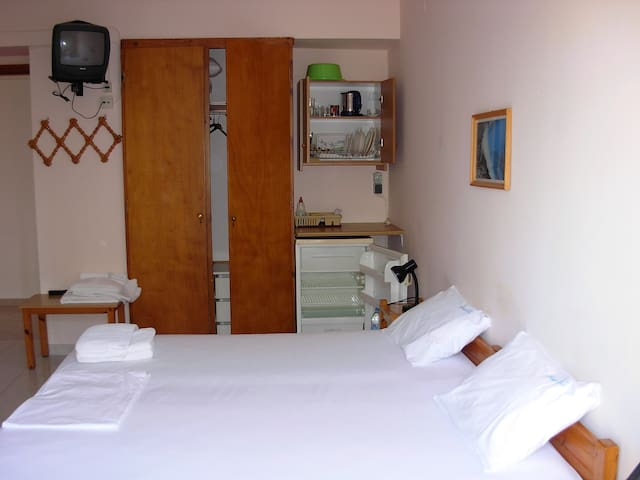 Vivian Villa 6 - Spacious Room