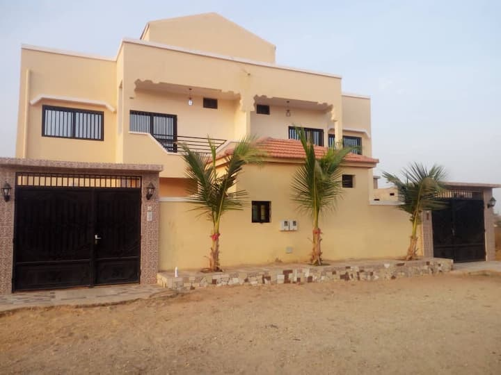 Lovely house with 2 separate 3 bdr apts in Saly