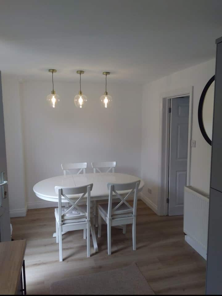 Newly Refurbished, Spacious House in Hereford