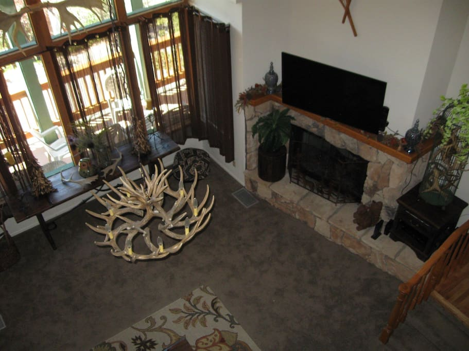 Fireplace,Hearth,Dining Room,Indoors,Room