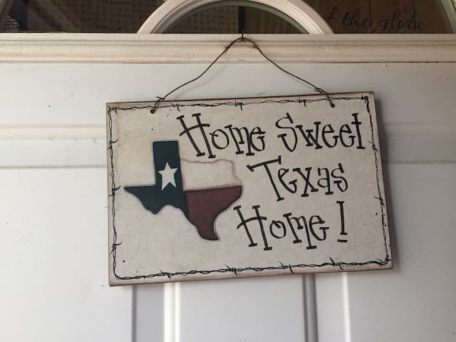 Der Texas Haus - Fredericksburg - Bed & Breakfast