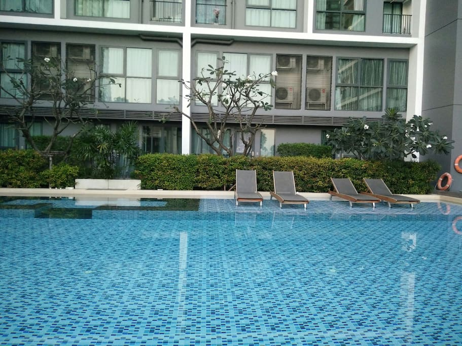 Swimming pool at 6th floor .