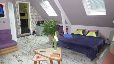2 large connecting bedrooms 8 people