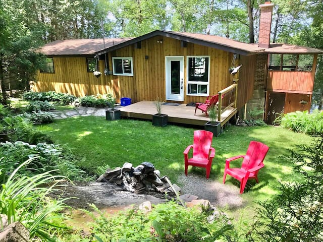 The Gull Lake Tree House! A Perfect Family Getaway