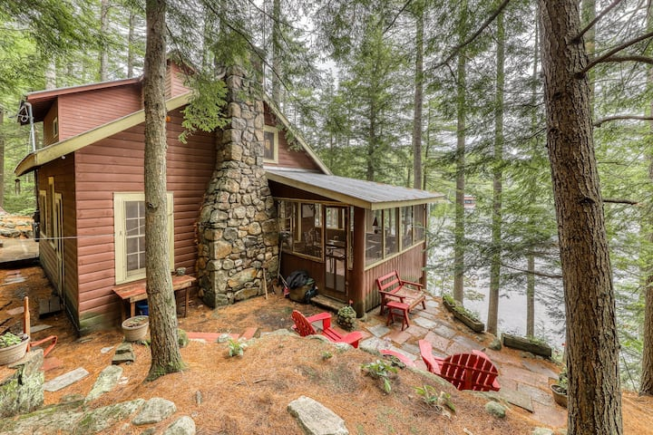 Dog-friendly, lakefront camp cabin w/ a dock & multiple decks
