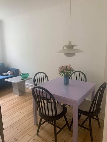 Lovely 2 bedroom apartment in Vesterbro, Cph