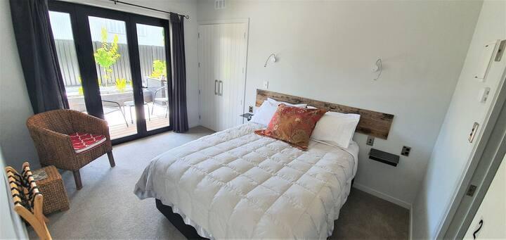 Queen Bedroom with En Suite
