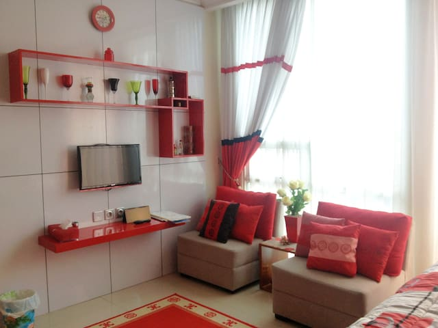 Cozy Studio Unit @ Ancol Mansion