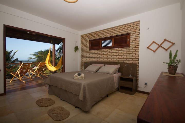 Master Bedroom / Dormitorio