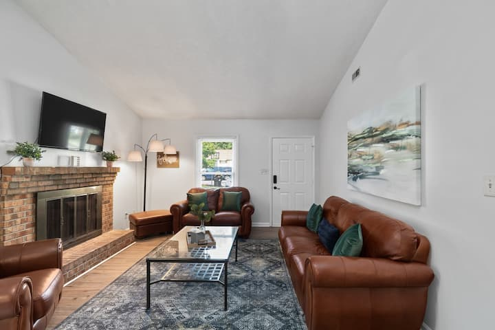 Modern Duplex on quiet cul-de-sac in Jacksonville
