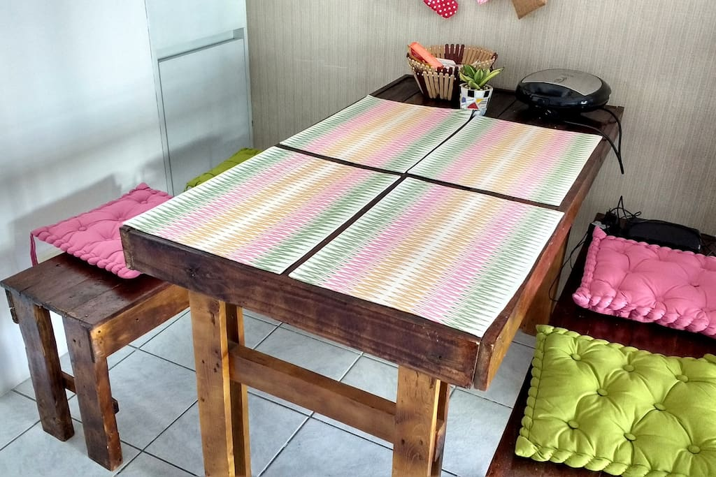 Dining table Mesa de jantar