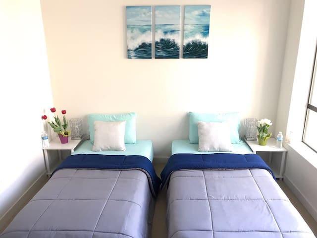 PRIVATE-BEDROOM on Santa Monica: Ocean/Promenade - Santa Monica - Flat