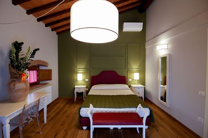 Hs4U Villa Casanova, Suite Granaio - San Vincenzo A Torri