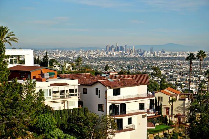 Hollywood Hills Hideaway! - Los Angeles - Hus