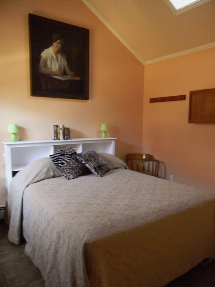 Ida Bailey Allen Suite