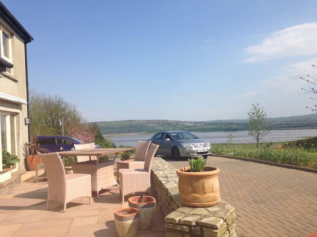 Boutique B&B with stunning views - Letterkenny - Bed & Breakfast
