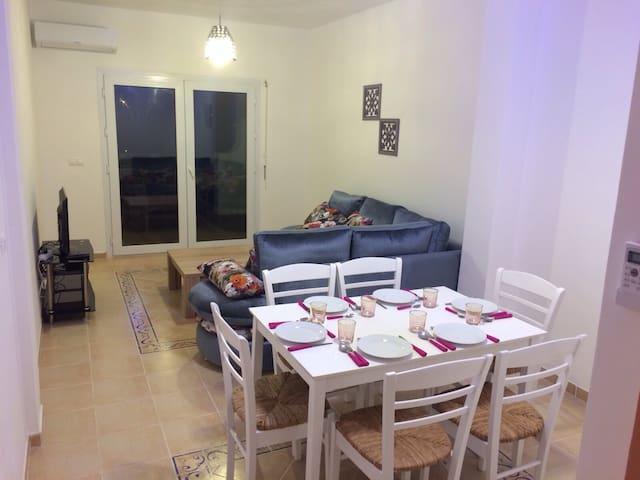 Appartement F2 résidence,piscine - Saïdia - Apartament