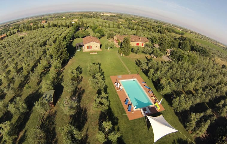 Bilocale con piscina immerso nel verde Francesca