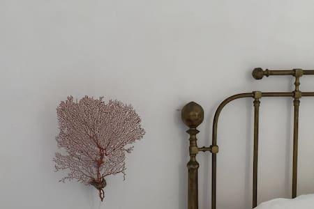 Casa Falco Della Regina - Filicudi Porto