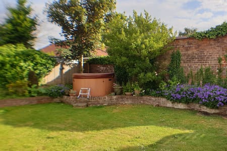 Holly Cottage, Luxury in the Yorkshire wolds