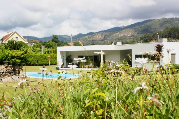 Casa Vale da Cortinha - Near Gerês