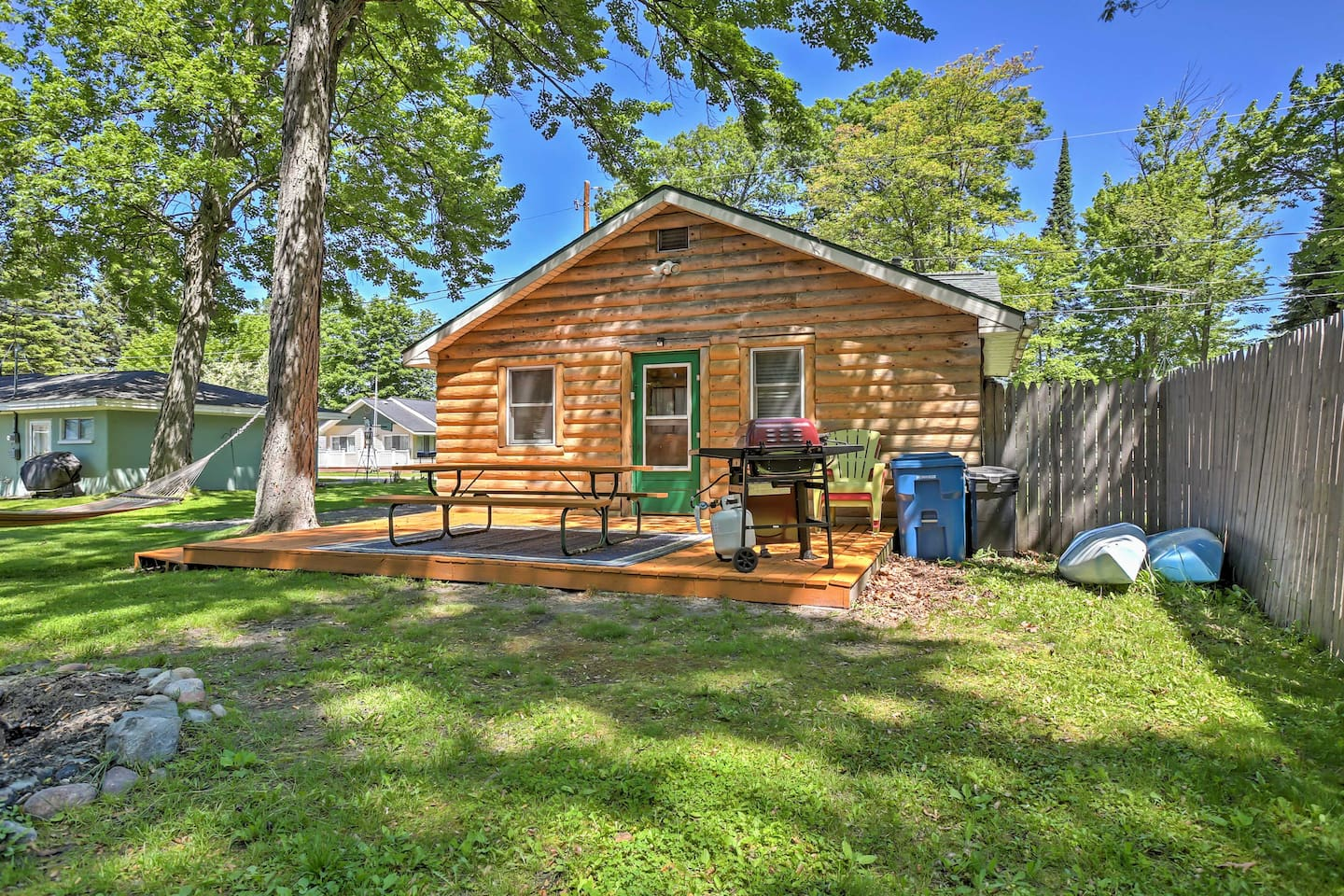 rent mi cottages vacation houghton northeast lake reviews vrbo booking cottage rentals usa for michigan