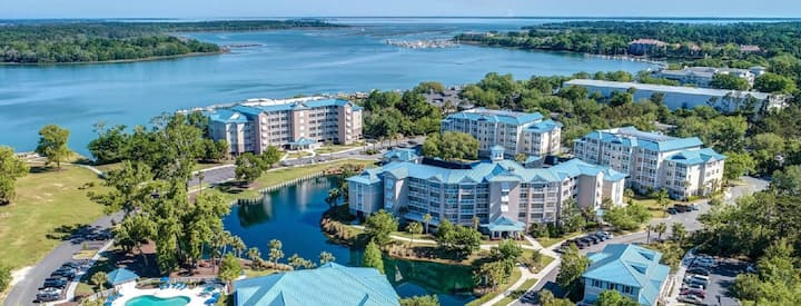 Bluewater Resort & Marina - Large 3BR/3BA