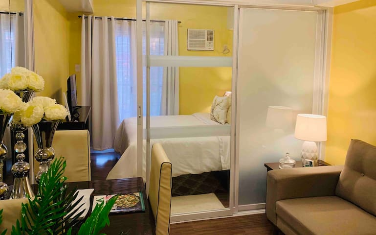 Luxury Suite Pasay/MOA, ALL HOTEL FEATURE NETFLIX