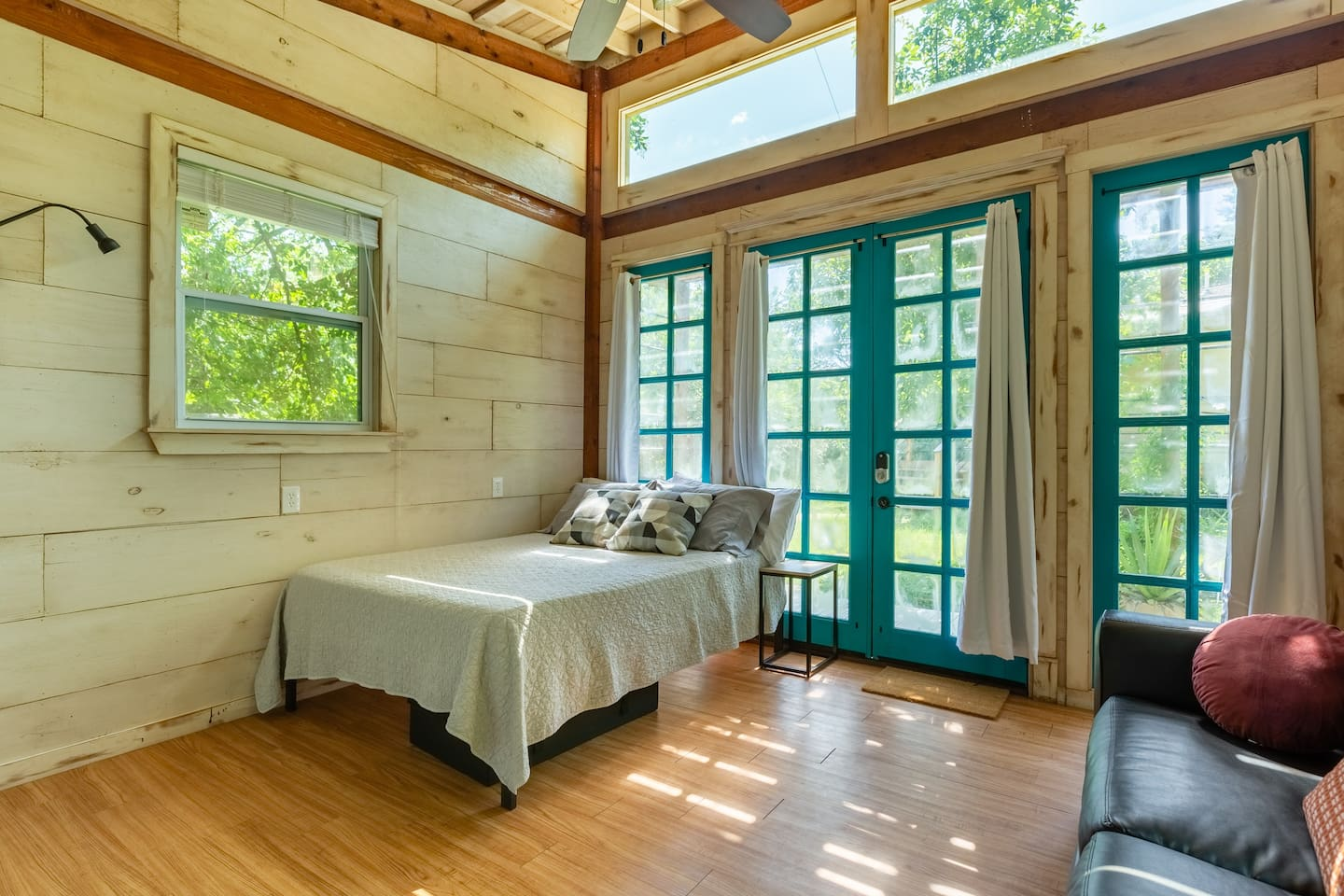 Spacious single room studio that's quiet and comfortable, with a lot of natural light, but also blackout curtains for when you need some more zzz's.