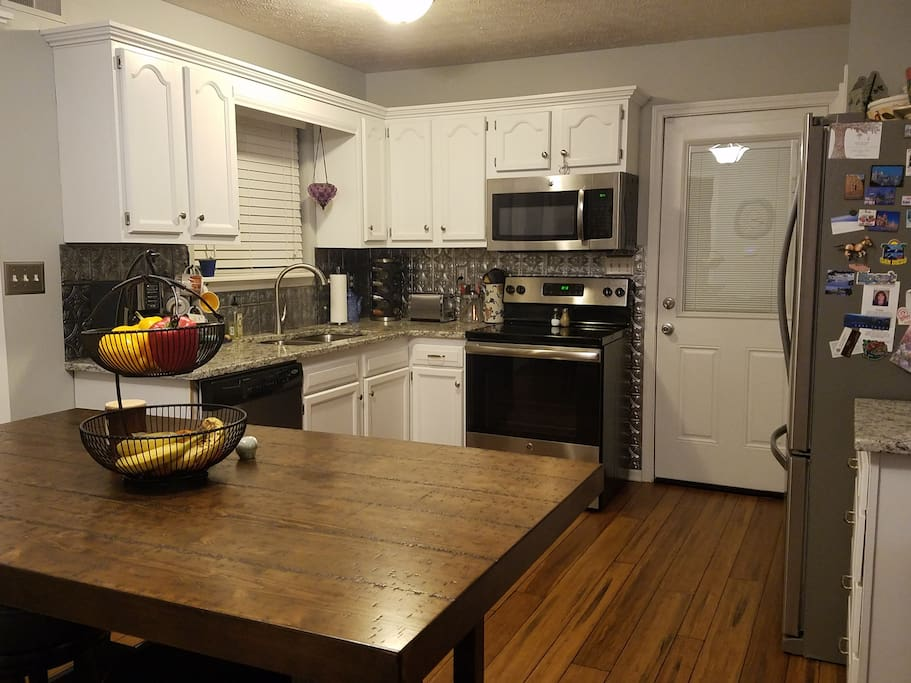 Shared kitchen with all new appliances