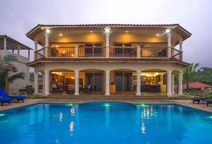 Sunset Apartment -  Beachfront Twilight Tide Villa