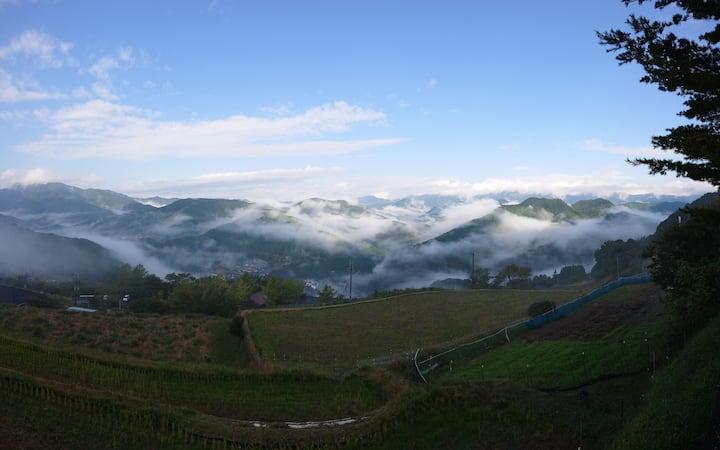 熊野古道沿いの雲海を望める宿   ゲストハウス 欅   (夕食・朝食付き)