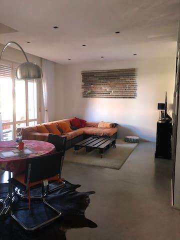 Stanza privata in appartamento Città di Parma