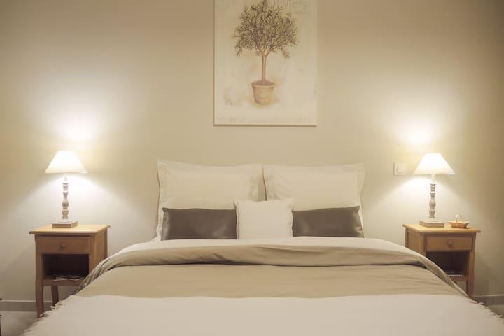 Chambres avec spa et terrasse privative