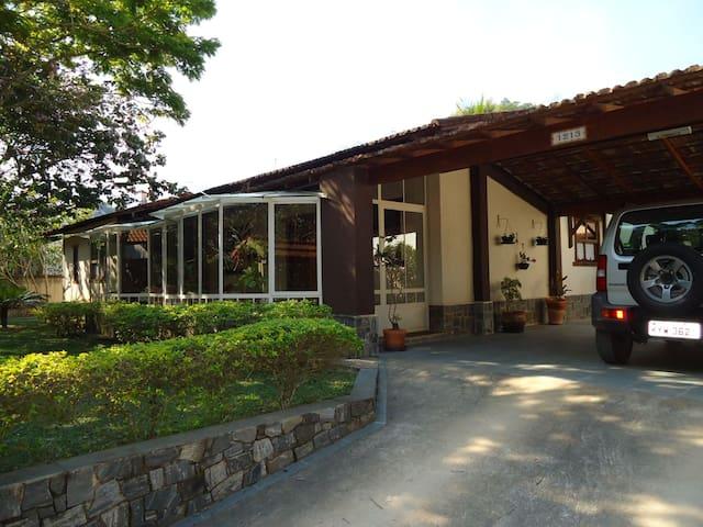 Linda casa em Miguel Pereira/Rio de Janeiro/Brasil