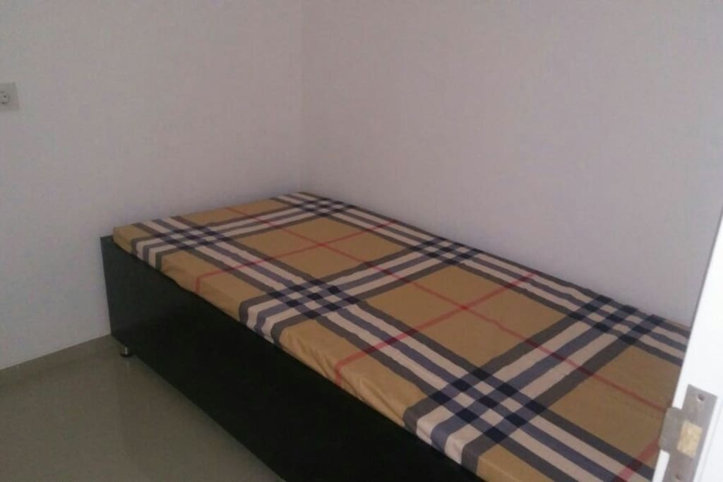 Small bed room