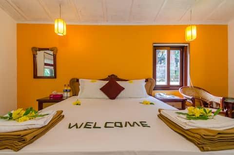 Cherilyn Monta - Deluxe Suite Room