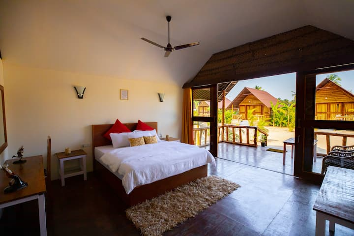 Royal Agonda Beach Hut 1