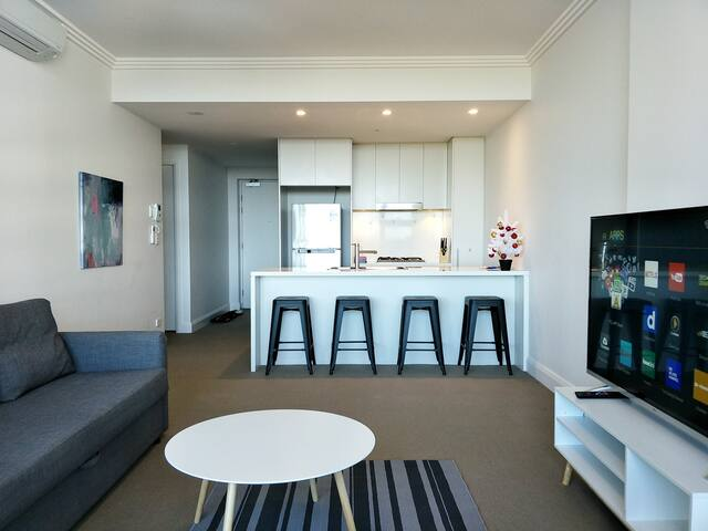 Modern affordable apartment in Syd olympic park
