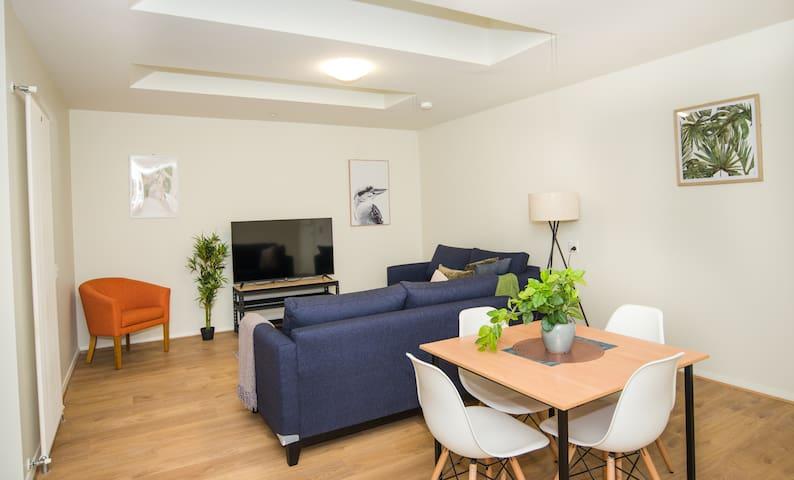 Elsworth Street Apartments (2BR)