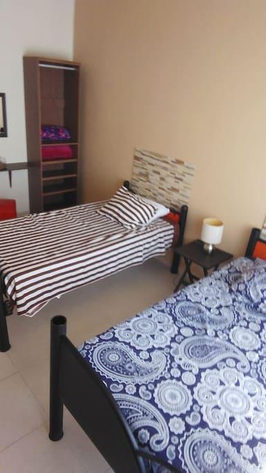 2 comodas camas individuales