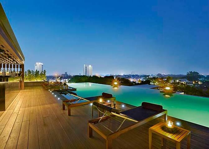 Chiang Mai Service Suite - Chiang Mai - Apartamento com serviços incluídos